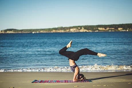 spotyride-yoga-surfer