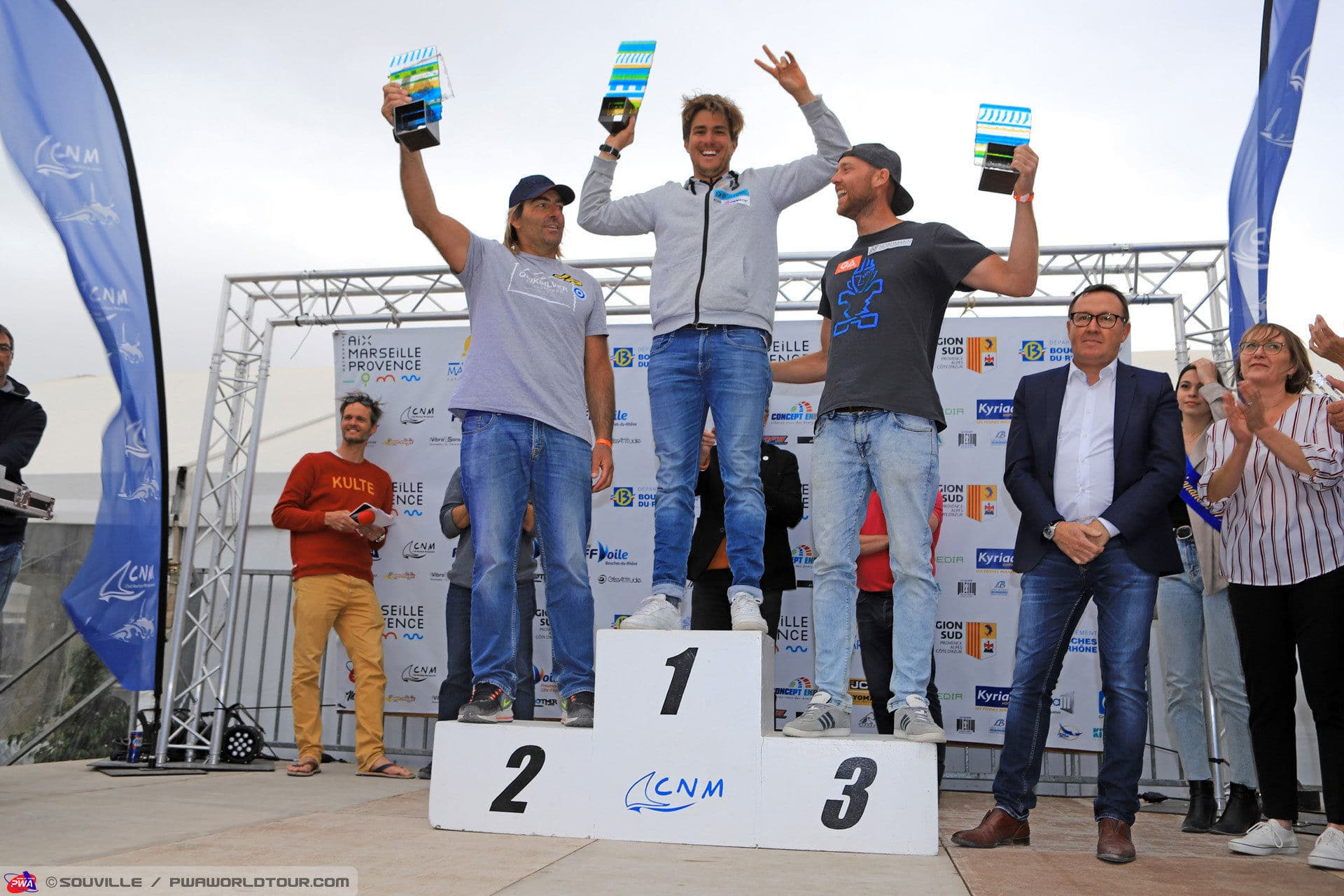 2019-PWA-Windsurf-World-Cup-podiums_men