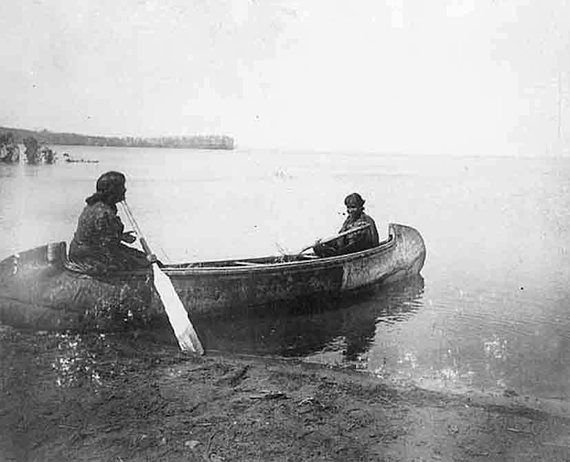 Kayaking_inuits