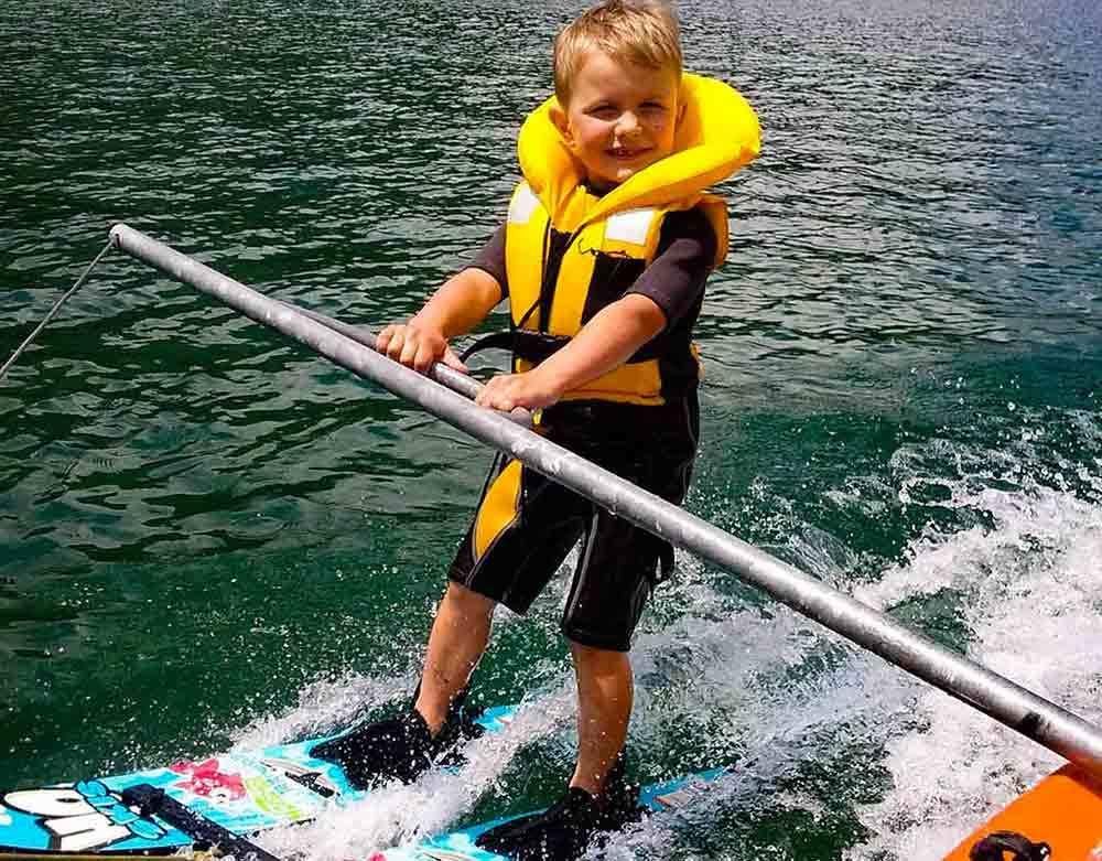baby-ski-nautique-2