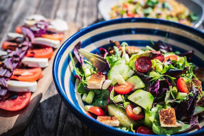 presentation salad