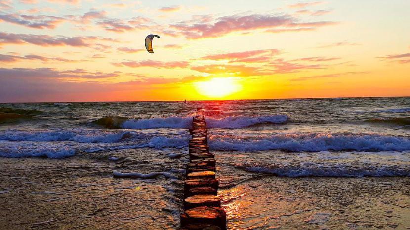 Kitesurfing_Spotyride